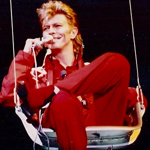 David Bowie, photographed during the 1987 Glass Spider Tour. Photo by Elmar J. Lordemann, licensed under Creative Commons Attribution-Share Alike 2.0-de via Wikimedia Commons (1)